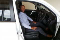 Sales executive Lonwabo at the Toyta Prado (1)