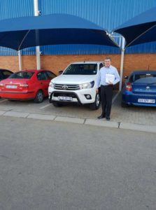 Hennie-from-CMH-Toyota-Alberton-visiting-hes-Fleet-customers-on-delivery-(1)