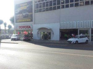 Outside-the-CMH-Toyota-Alberton-early-in-the-morning