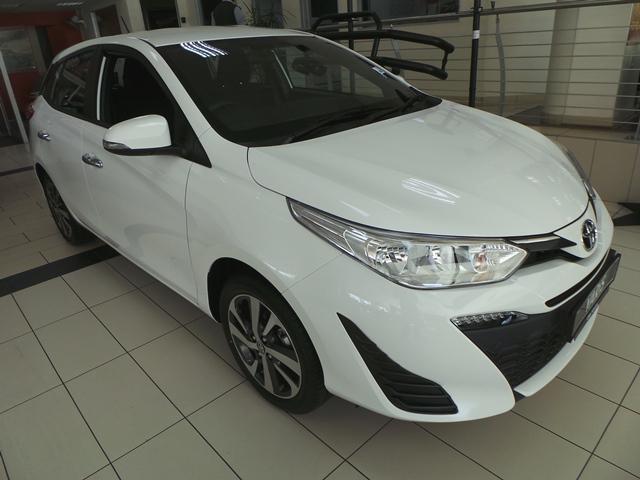 CMH Toyota Alberton- White Toyota Yaris Front view